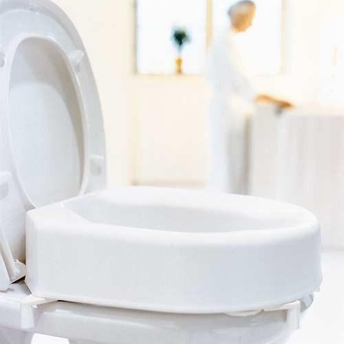 rehausseur de toilettes hi loo avec fixations etac 10 cm. Black Bedroom Furniture Sets. Home Design Ideas